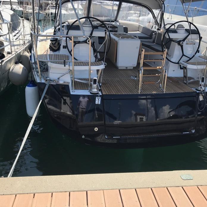 Jenneau 51 yacht photo
